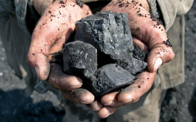 Первый Президент Казахстана поздравил шахтеров