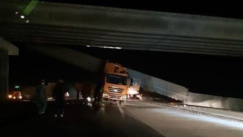 Мост упал на грузовик в Павлодарской области