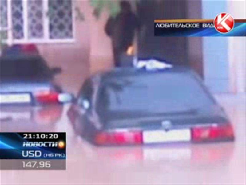Окраины Шымкента ушли под воду