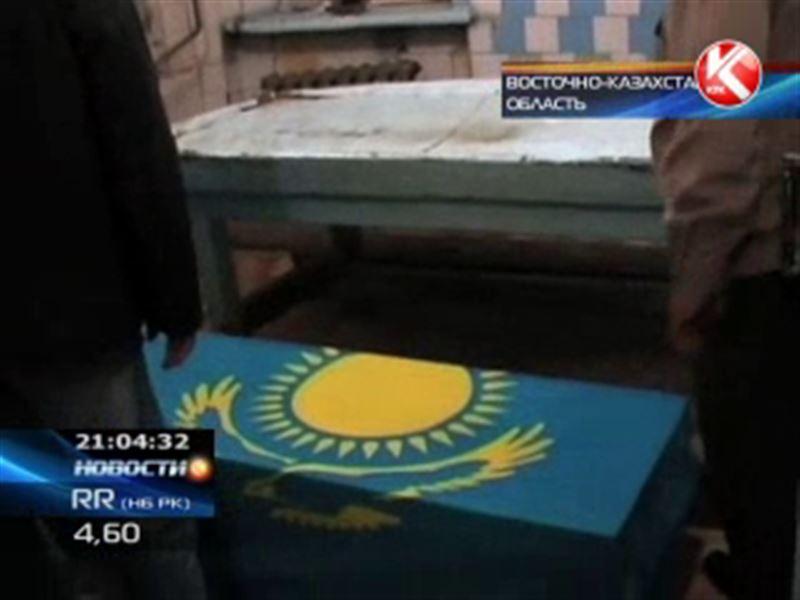 Еще одна смерть в казахстанской армии: груз-200 доставили на восток страны