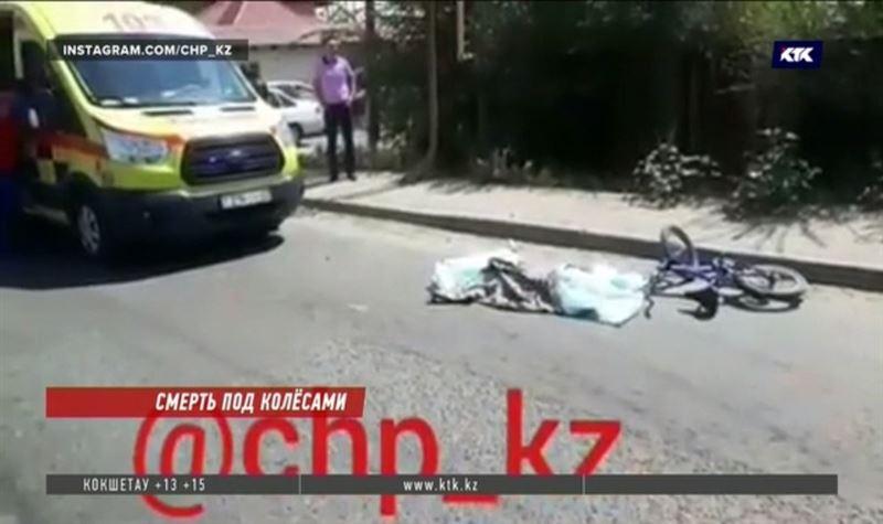 Упавший с велосипеда ребёнок погиб под колёсами ЗИЛа