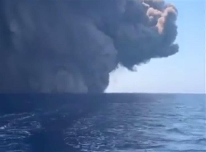 Мощное извержение вулкана в Италии сняли на видео