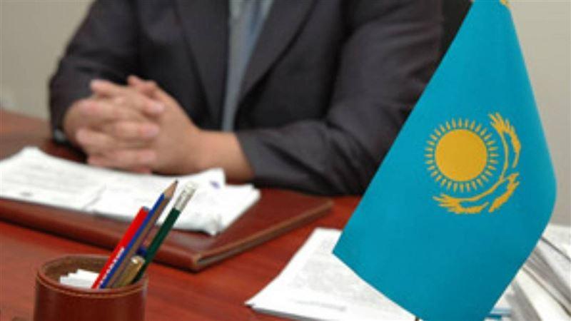 Количество госслужащих в Казахстане может сократиться на 20%