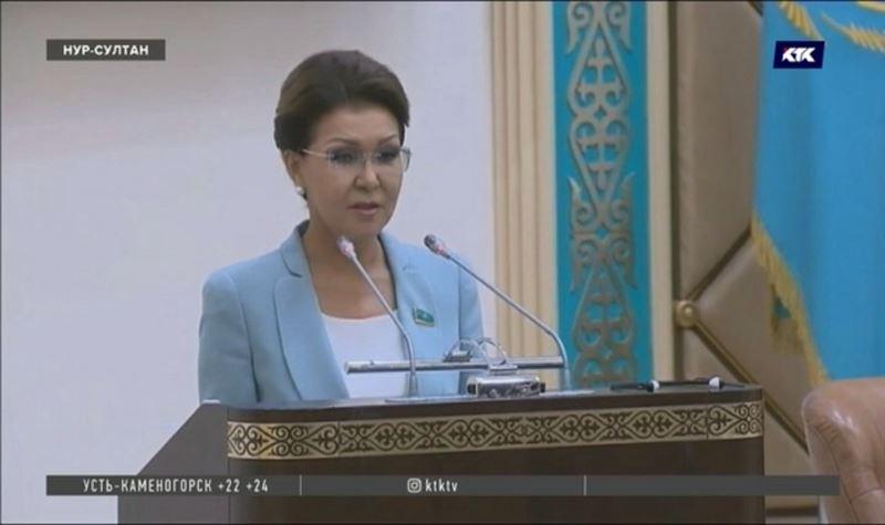 48 депутатов единогласно проголосовали за прежнего председателя сената
