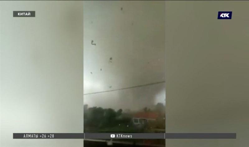 На Хайнань обрушился ещё один тайфун