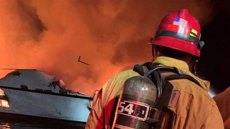Найдены тела 25 погибших в результате пожара на судне в Калифорнии