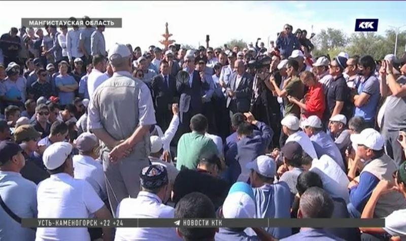Развеять тревоги жанаозенцев по поводу возможного наплыва иностранной рабочей силы приехал аким области