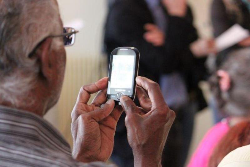 Возможность оформлять пенсию через SMS появилась в Казахстане