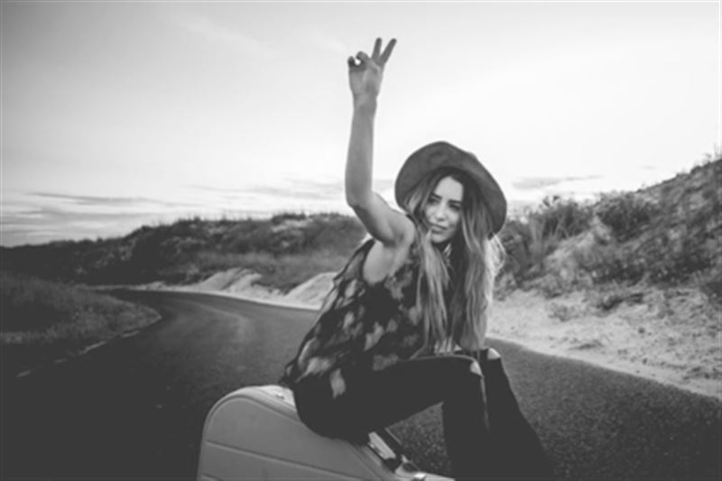 Певица, опубликовавшая монолог о смерти, погибла в автокатастрофе