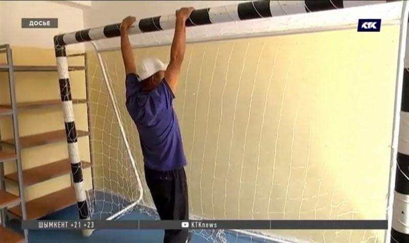 После гибели ученика на уроке физкультуры в школах проверяют спортинвентарь