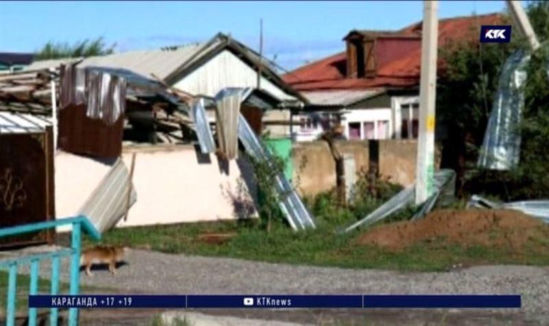 Коммунальщики восстанавливают урон от урагана на Иссык-Куле