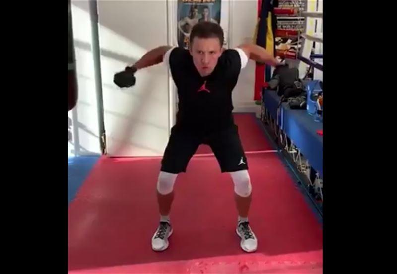 GGG опубликовал ролик, в котором показал тренировки перед боем с Деревянченко