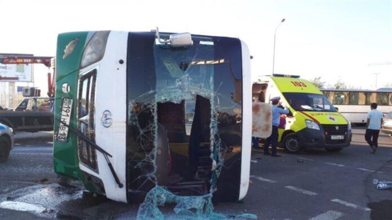 Кондуктор погибла в результате аварии в Шымкенте