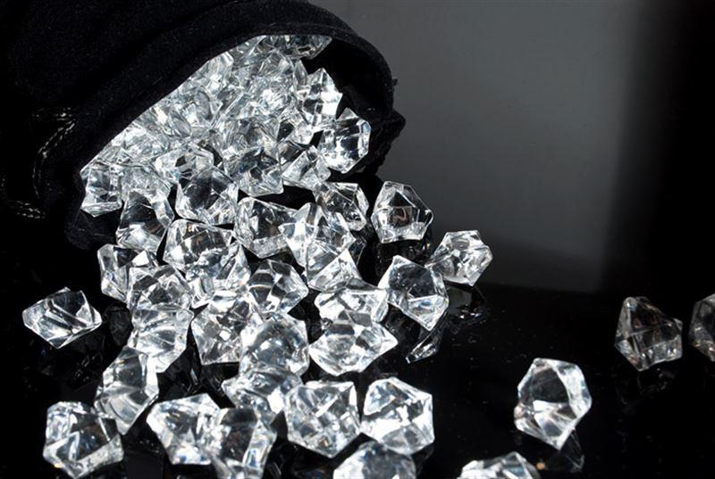 Ғалымдар жер қойнауынан 1 млрд тонна алмаз тапты