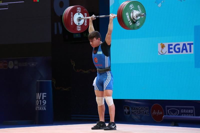 Ауыр атлет Игорь Сон әлем чемпионатында күміс медаль алды