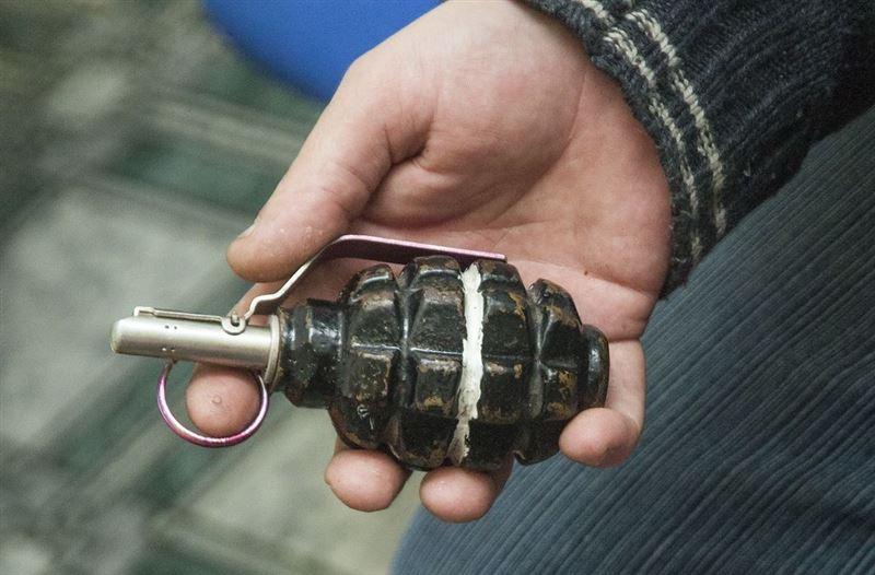 У пассажира, ехавшего маршрутом Актобе – Оренбург, изъяли гранату
