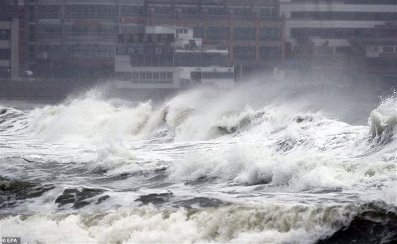 Тайфун обрушился на Южную Корею. Есть пострадавшие