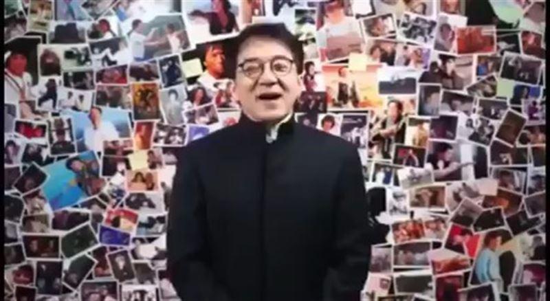 Джеки Чан прочитал произведение Абая