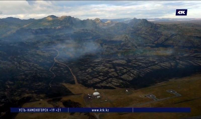 Пожар в Баянаульском нацпарке потушен силами 500 человек