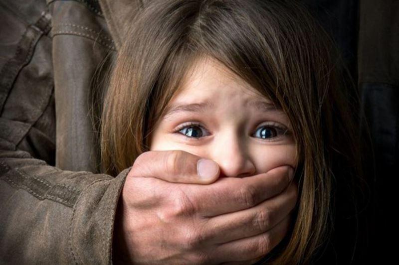 Задержан алматинец, насиловавший двух 13-летних девочек