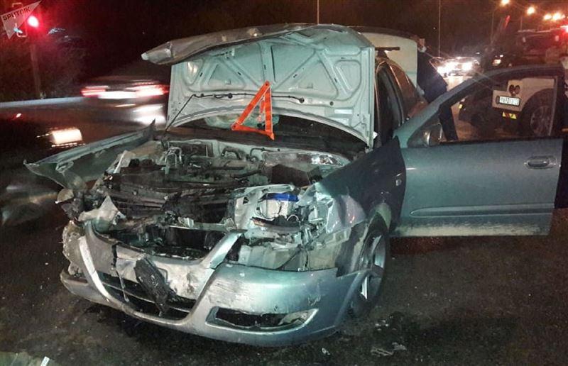 Два ребенка пострадали в аварии в Алматы