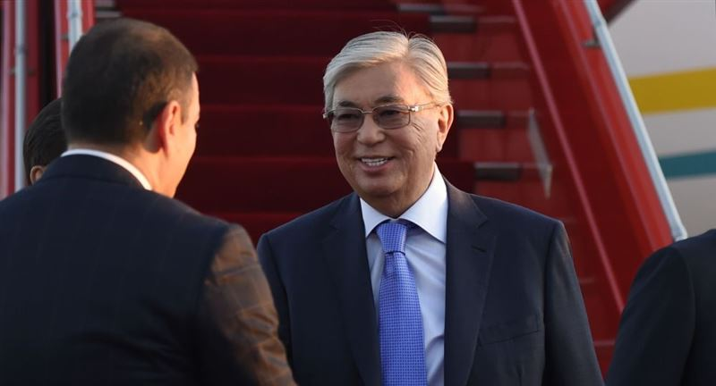 Президент Казахстана прибыл в Армению