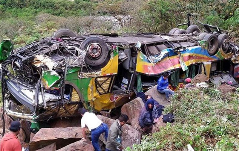 Автобус құздан құлап, 23 адам мерт болды