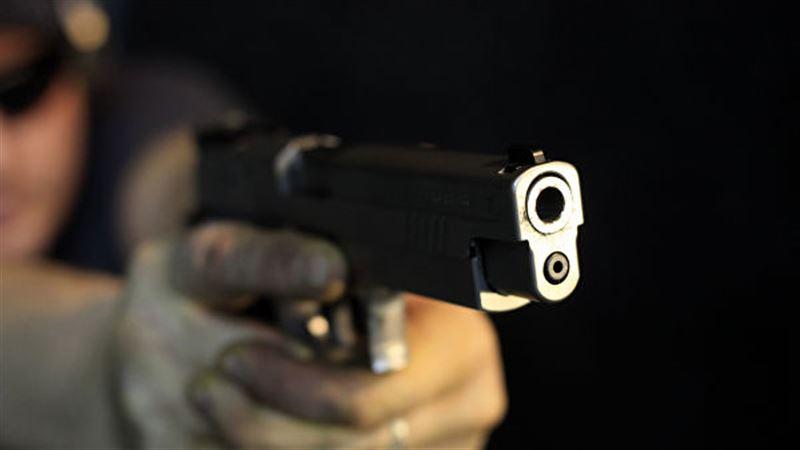 У студента колледжа был при себе пистолет