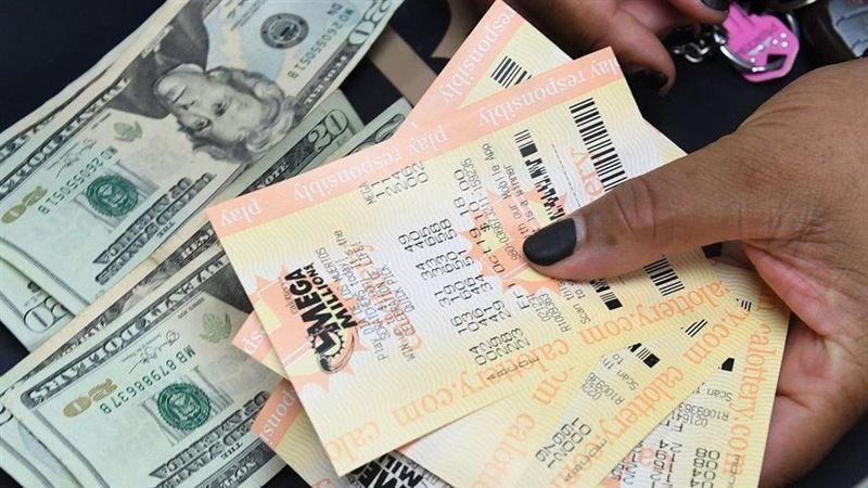 Американка выиграла в лотерее, вписывая в билеты одно и то же число