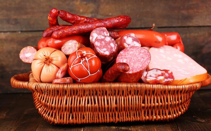 Пятеро скончались из-за зараженной колбасы в Европе