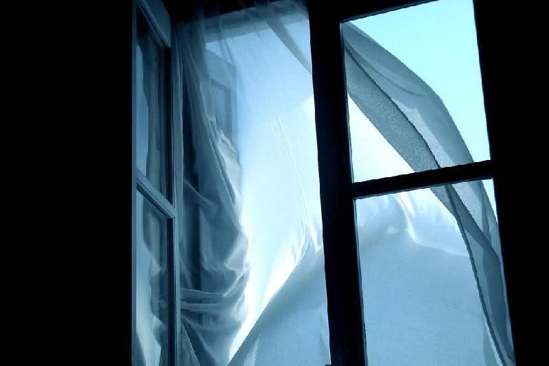Көкшетауда оқушы 8 қабаттан секіріп мерт болды