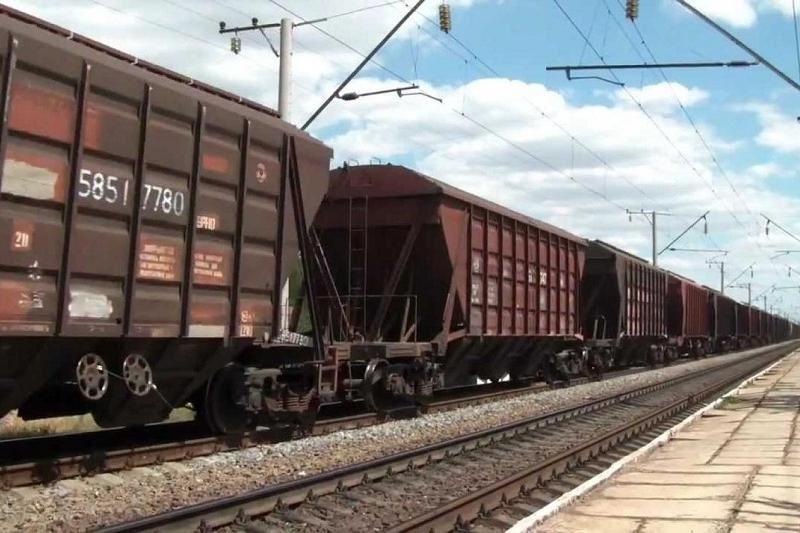 Алматы облысында үш вагон рельстен шығып кетті