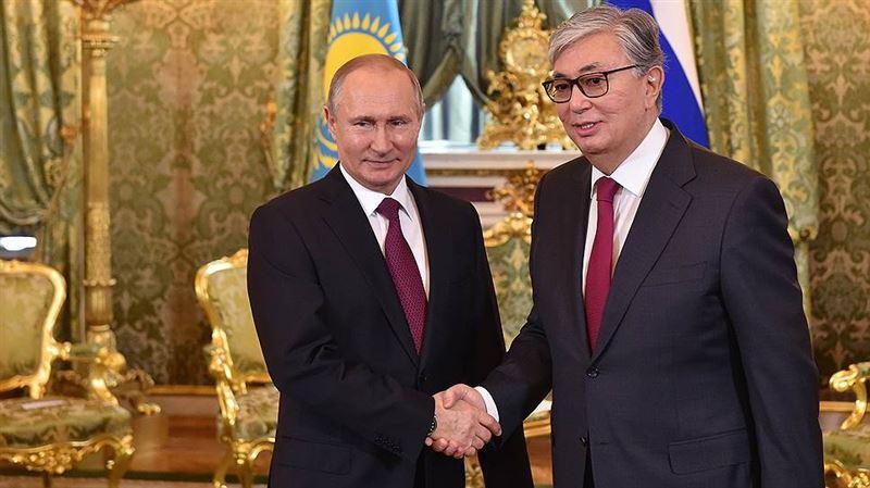 Токаев поздравил президента России с днем рождения