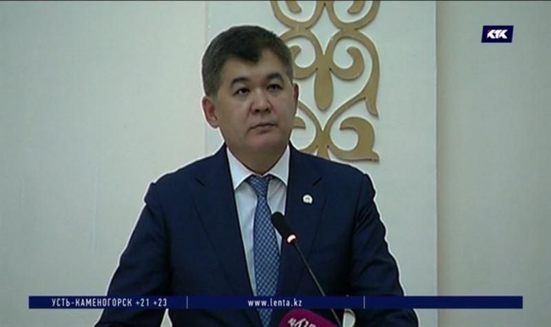 Елжан Биртанов напомнил студентам-медикам об их обязанностях