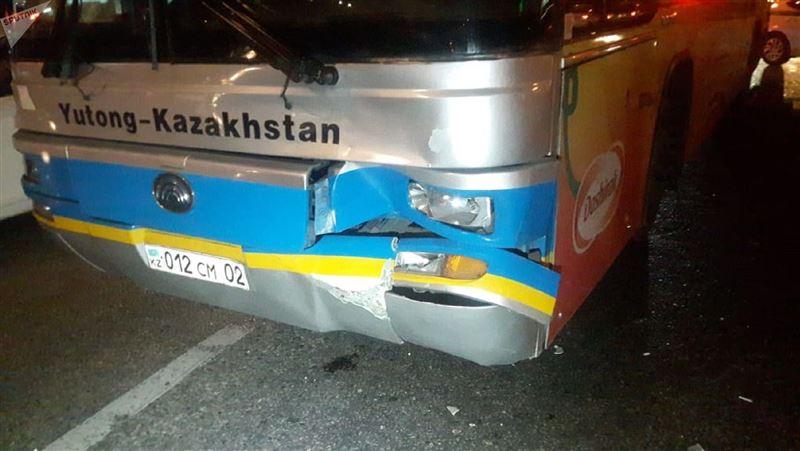 Пассажирский автобус совершил смертельный наезд на пешехода