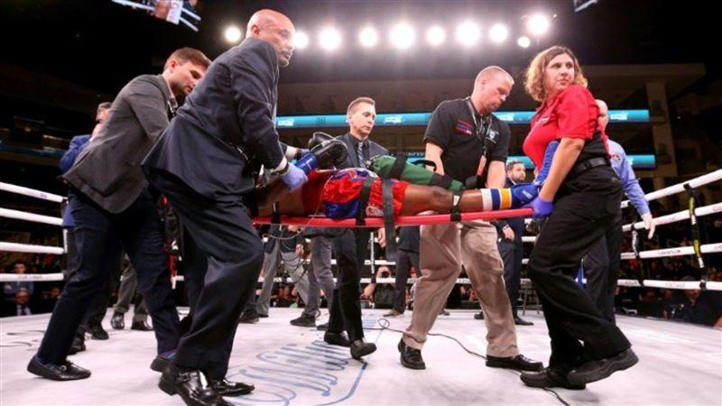 Боксер впал в кому, получив удар нокаутом
