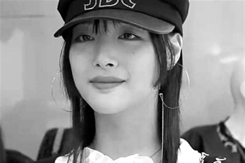 Южнокорейская певица совершила суицид в собственном доме