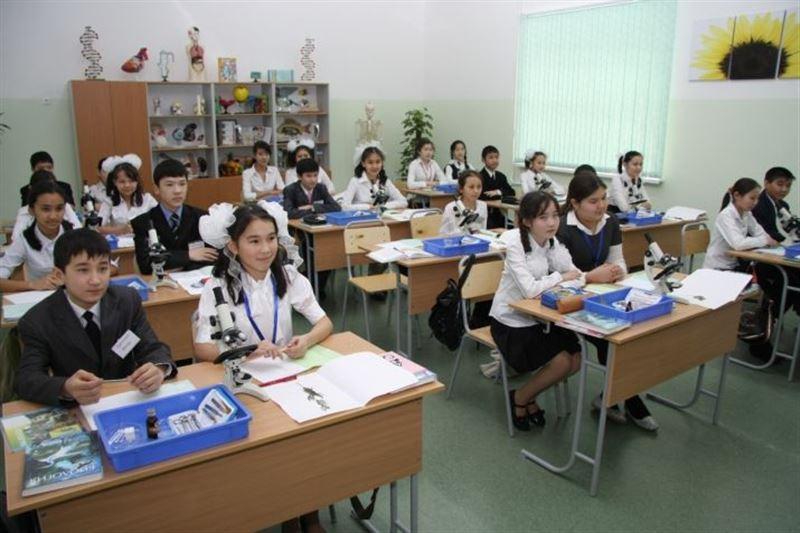 Стало известно, когда в стране введут 12-летнее образование