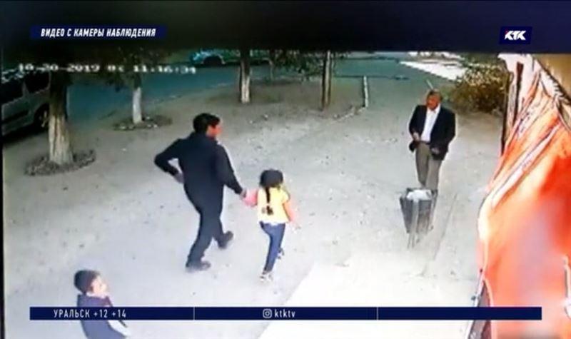 Пообещав 6-летней девочке мороженое, педофил увёл её со двора