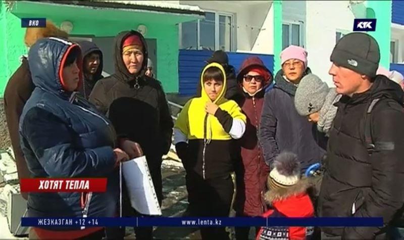 Жильцы 60-квартирного дома в Риддере сутками не выключают обогреватели и ходят в тёплых вещах