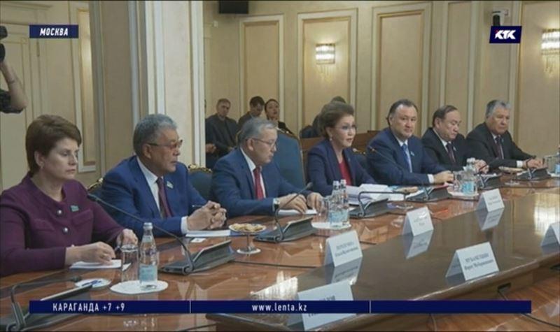Спикер сената встретилась с российскими коллегами в Москве