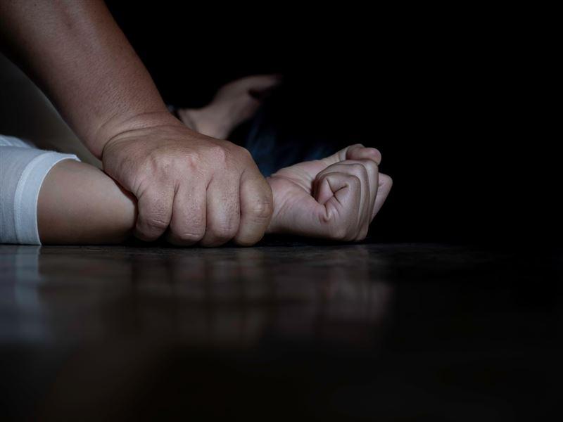 Несовершеннолетнюю изнасиловали в Сарыагаше