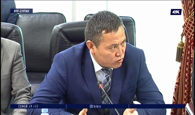 «Уши вянут» – казахстанцы жалуются на некорректное поведение коллекторов