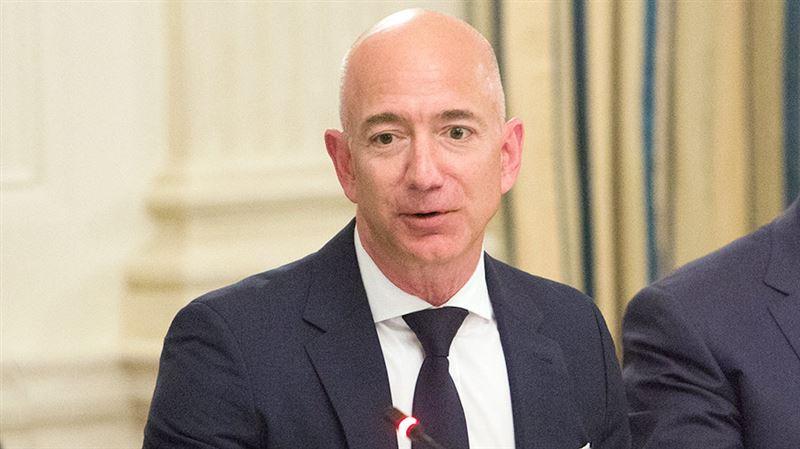 Глава Amazon за вечер лишился почти 7 млрд долларов