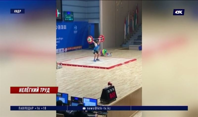 Девять юных тяжелоатлетов вернулись с чемпионата Азии с медалями