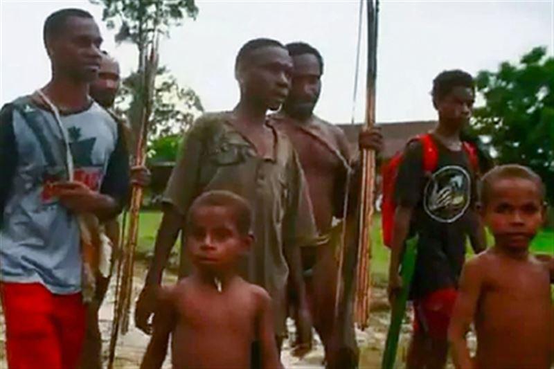 Сбежавший из племени людоедов вернулся на родину спустя 14 лет