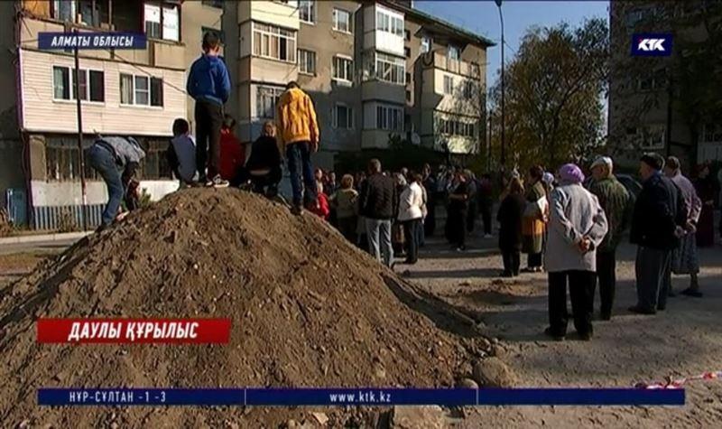Қаскелең тұрғындары орталықтан жылумен қамтылуға келіспей отыр