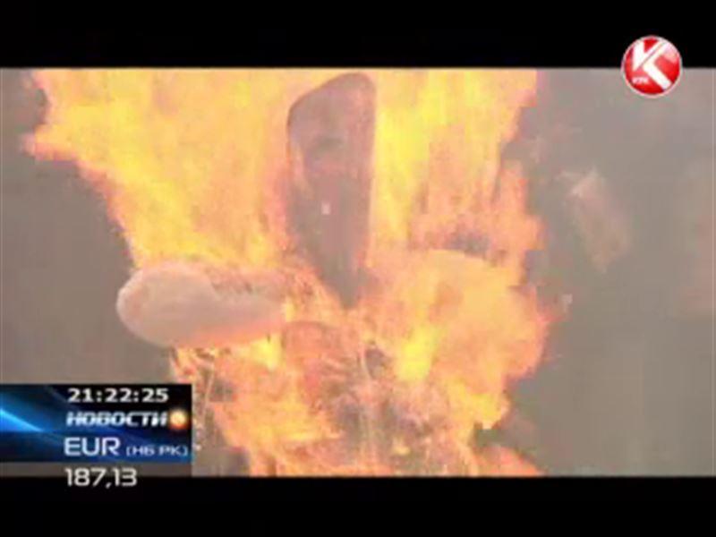 В Южной Корее сожгли чучело северокорейского лидера