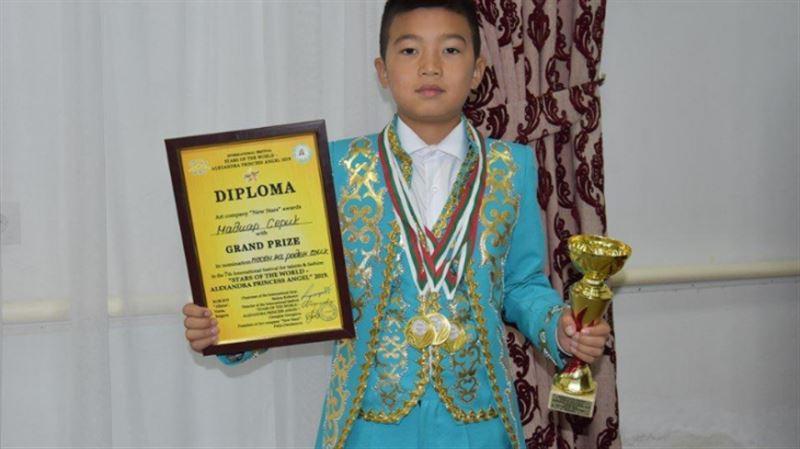 Қызылорда облысының жас әншісі Ресейдегі ән байқауында Бас жүлде алды