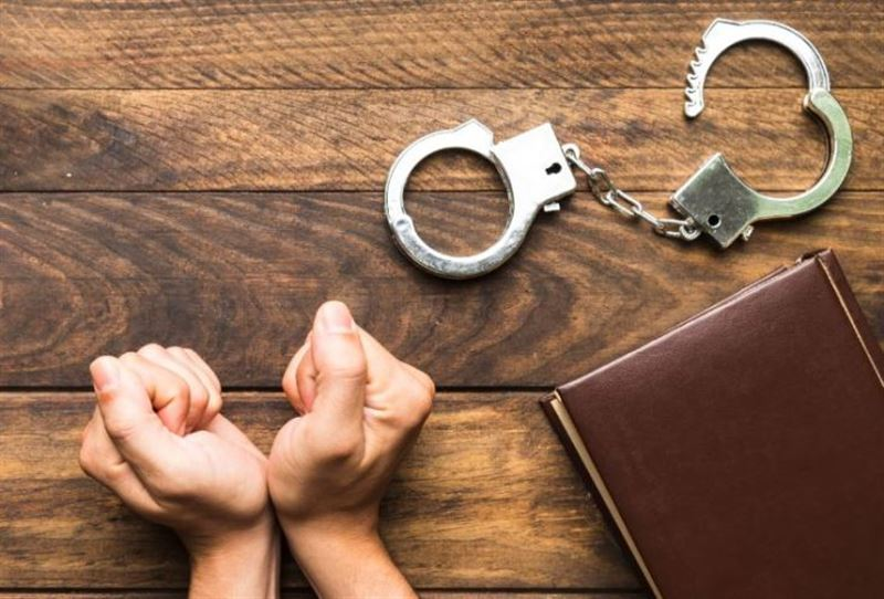 В Костанае осудили учительницу, ударившую ученицу